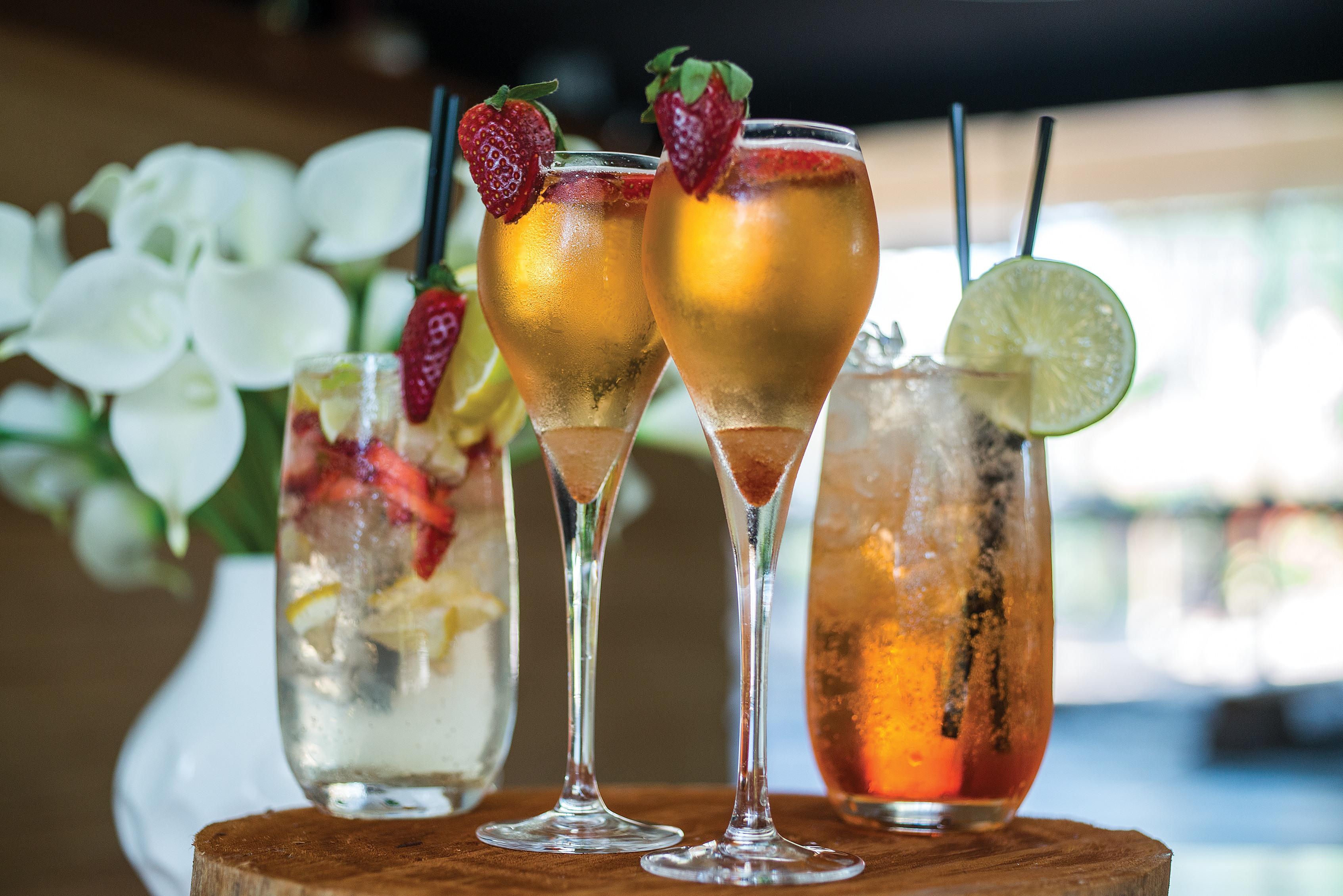 sage-cocktails-group-web1
